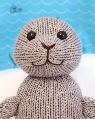 Fuzzy Mitten Toy Knitting Patterns | Silky Seal