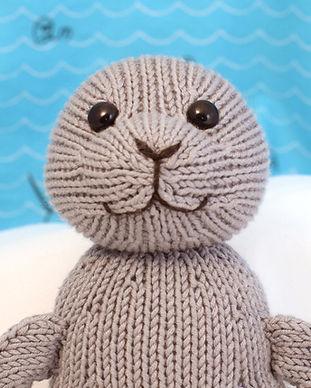 Fuzzy Mitten Toy Knitting Patterns | Silky Seal