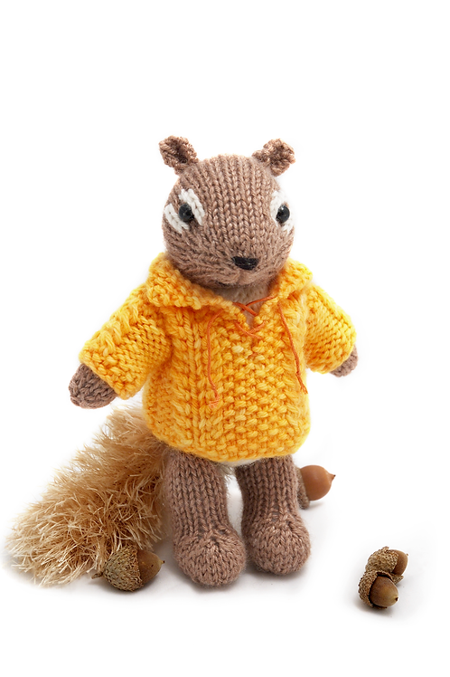 Chipmunk with a Cable Pullover