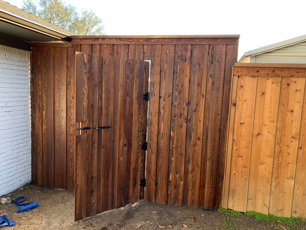8 foot stained gate