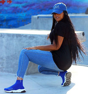 Blue distressed hat to match her balenci