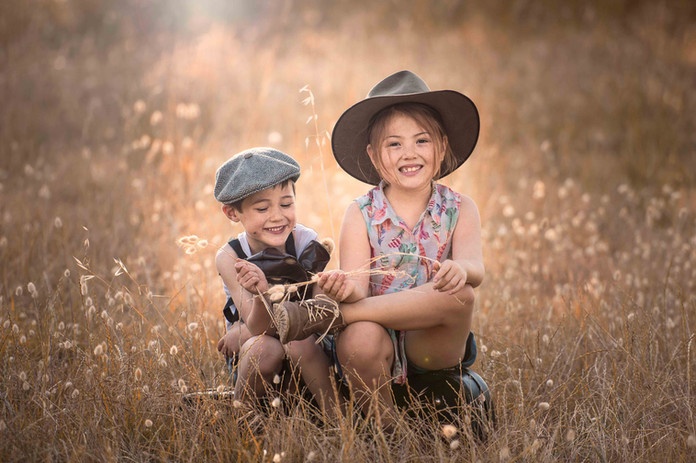 Brother and sister at Perrys paddock photo session Perth WA