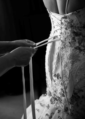 perth wedding photographer wedding dress