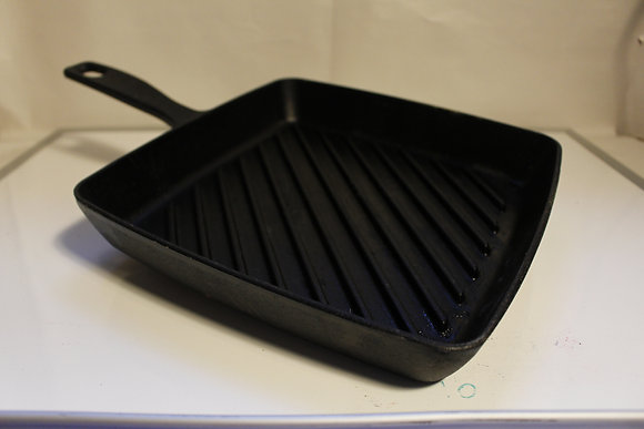 Cast Iron Skillet (local only)