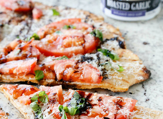 Roasted Garlic Tomato Basil Pizza