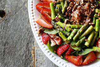 Strawberry, Asparagus & Pancetta Salad with Pomegranate Orange Vinaigrette