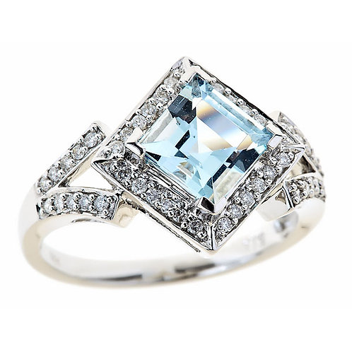 Aquamarine and diamond ring in 14 karat white gold