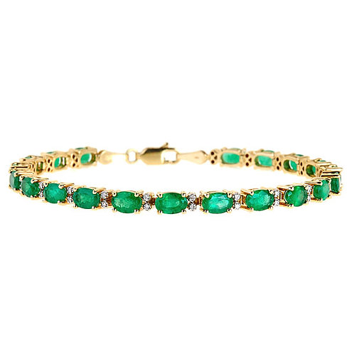 Emerald diamond bracelet in 14 karat yellow