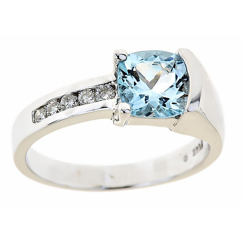 Aquamarine diamond ring 14 karat white gold