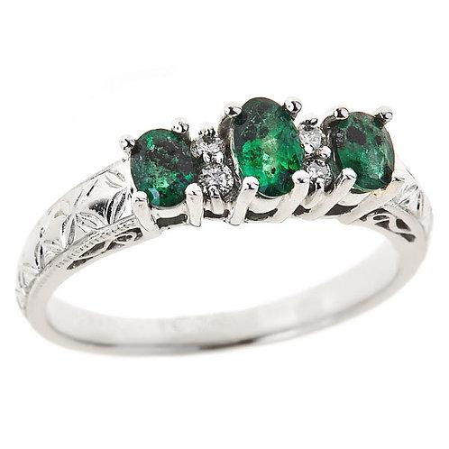 Emerald ring in 14 karat white gold