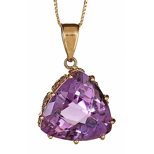 Amethyst pendant with filigree work in 14 kt gold
