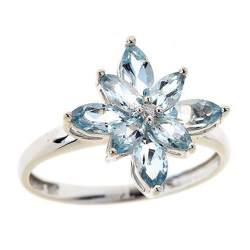14 karat gold aquamarine ring