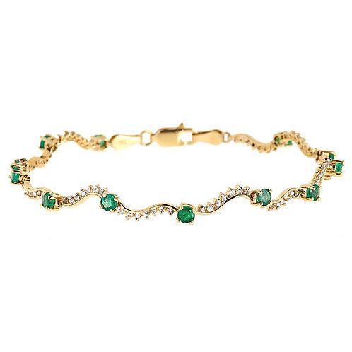 Emerald diamond bracelet 14 karat yellow gold