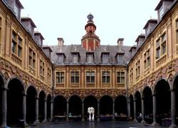 Lille_vieille_bourse_int_600x434