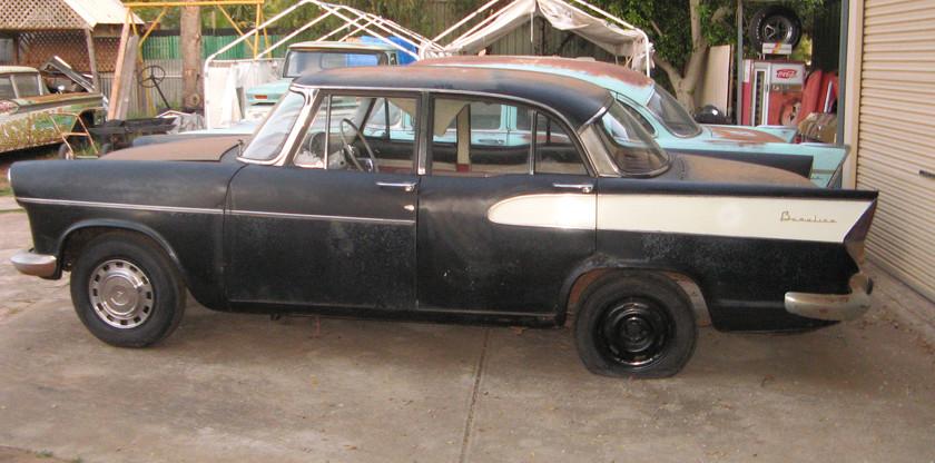1958_Simca_Vedette_57_Chevy_045[1].JPG