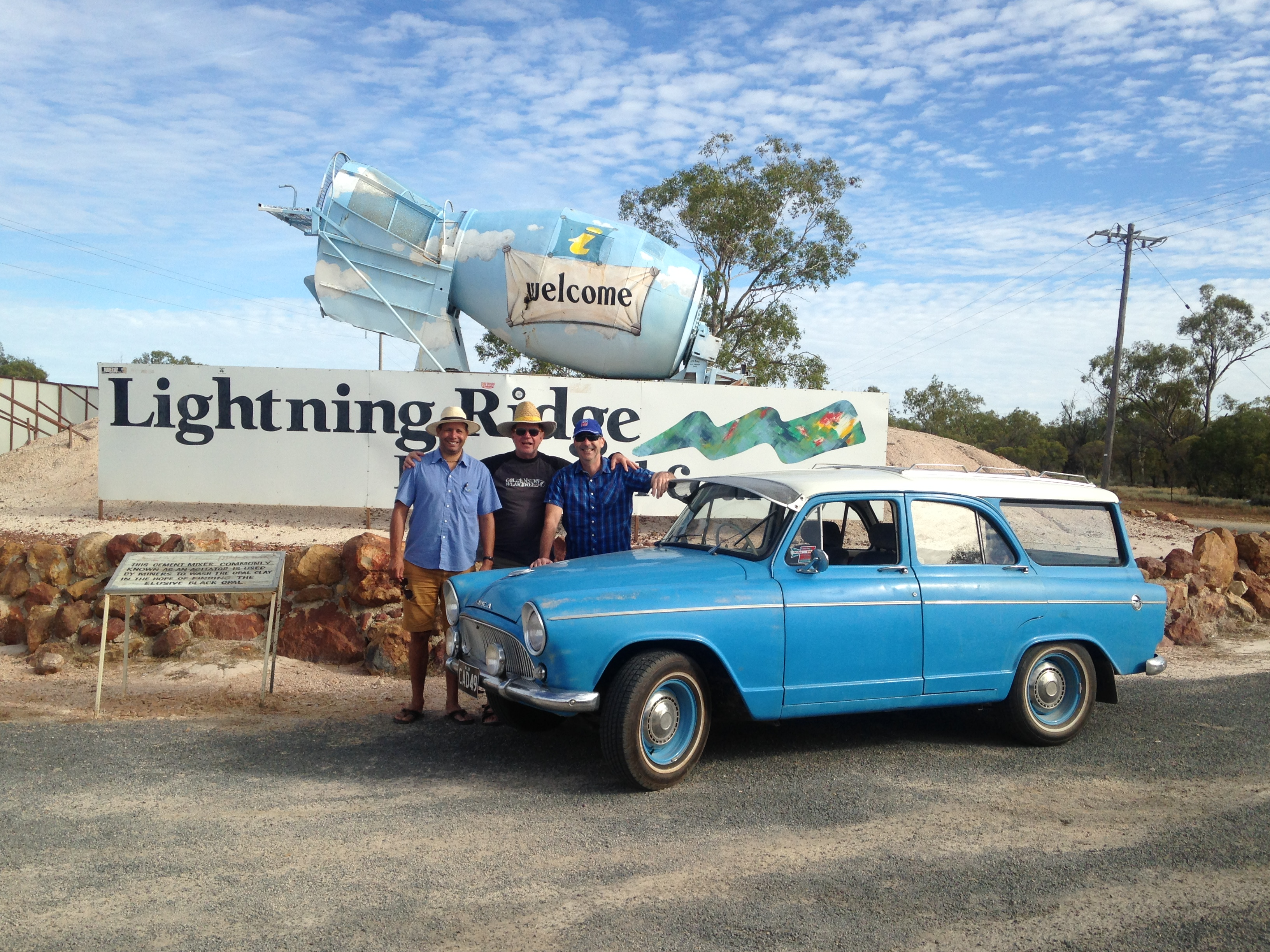 At Lightning Ridge (2016)