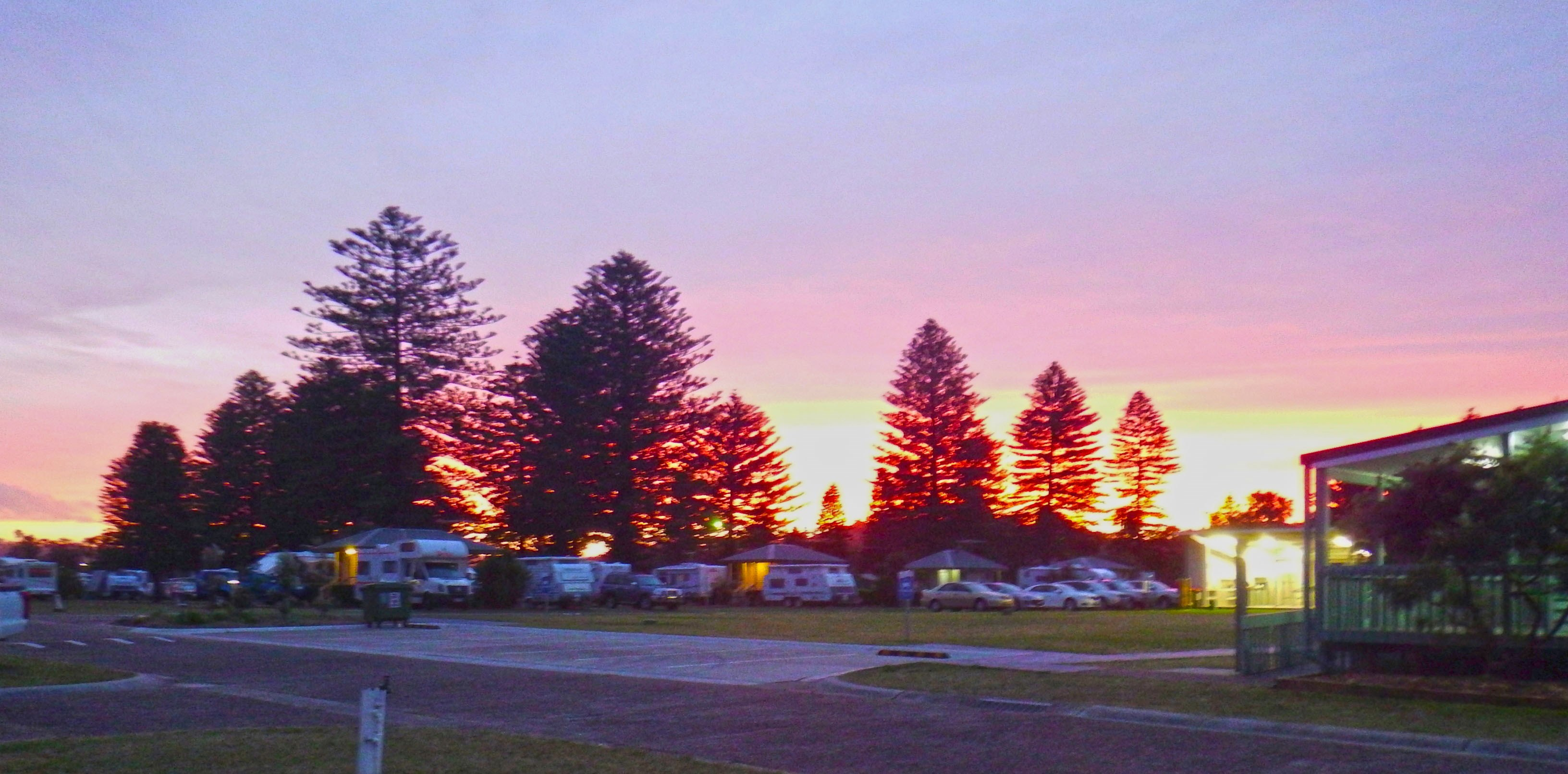 Sunset at Narrabeen (cropped).jpg