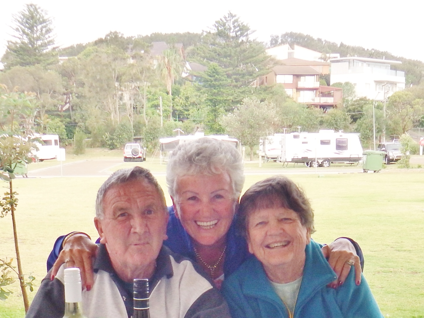 A trio of happy faces - Laurie, Coral & Betty.JPG