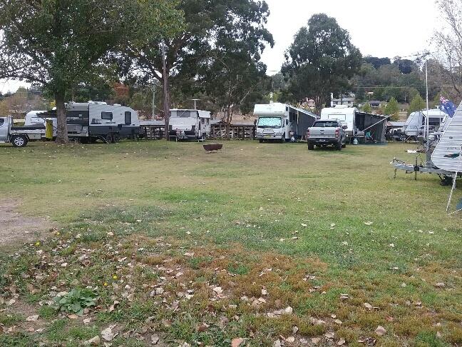 Caravans at Glen Innes