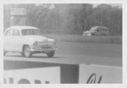 Simca racing at Warwick Farm Mar 1961.jpg