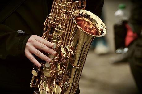 saxophone-3246650_1280.jpg