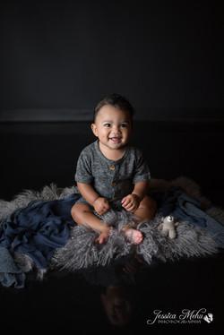 six month baby milestone professional photography studio Michigan--4