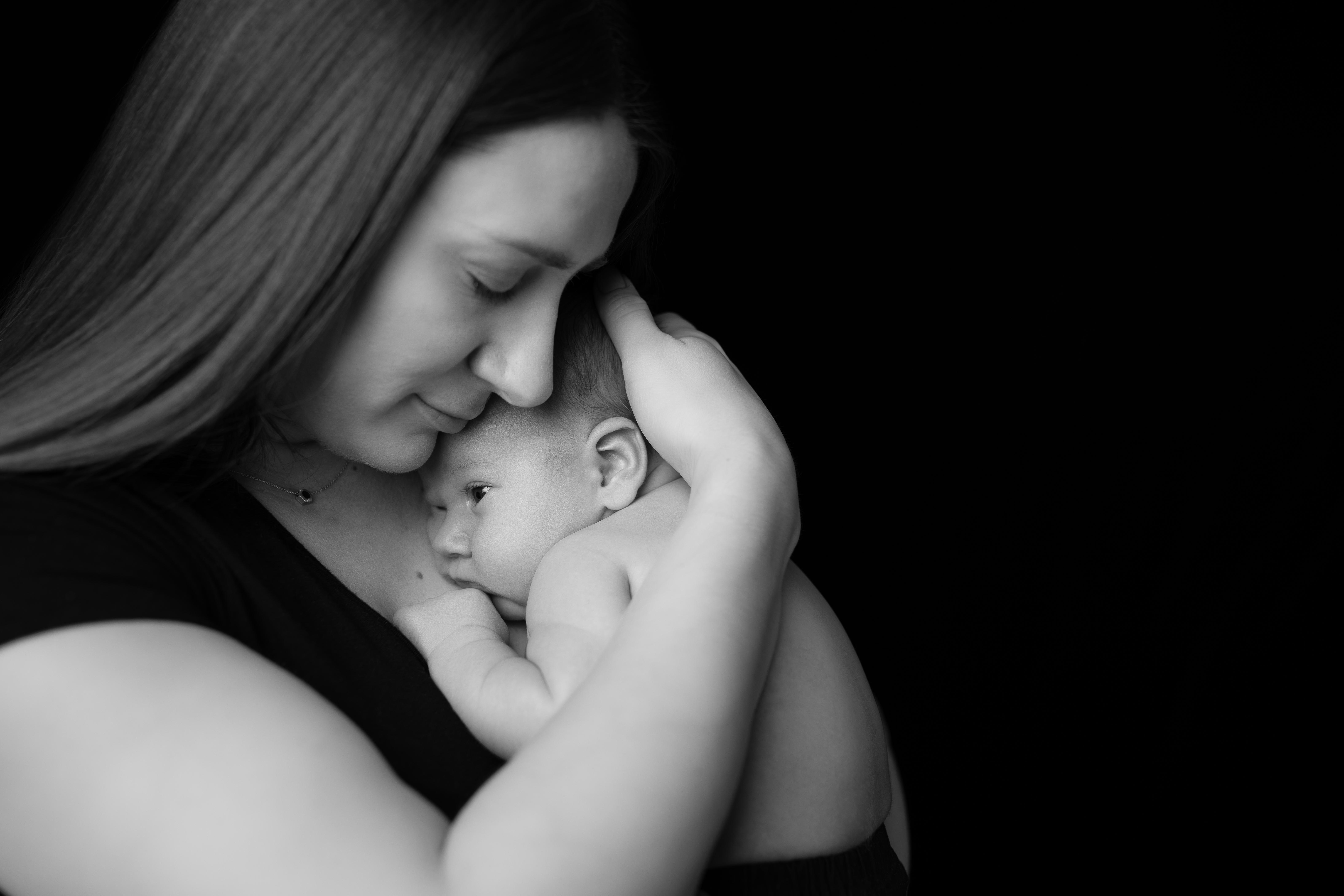 Flint Michigan Newborn Photographer--2