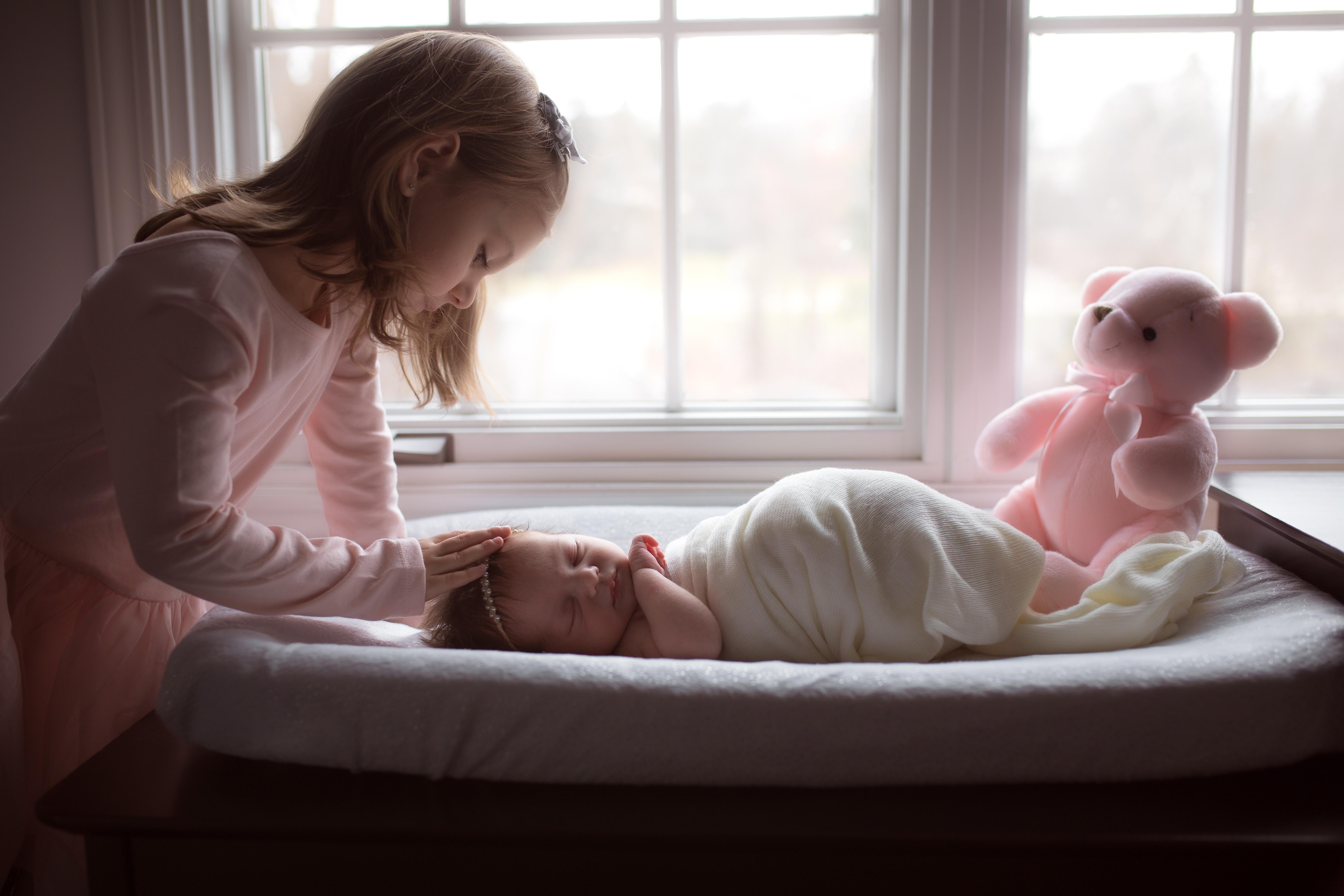 Ann Arbor Michigan Lifestyle Newborn Photos-