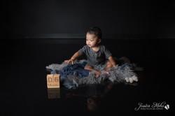 six month baby milestone professional photography studio Michigan--6