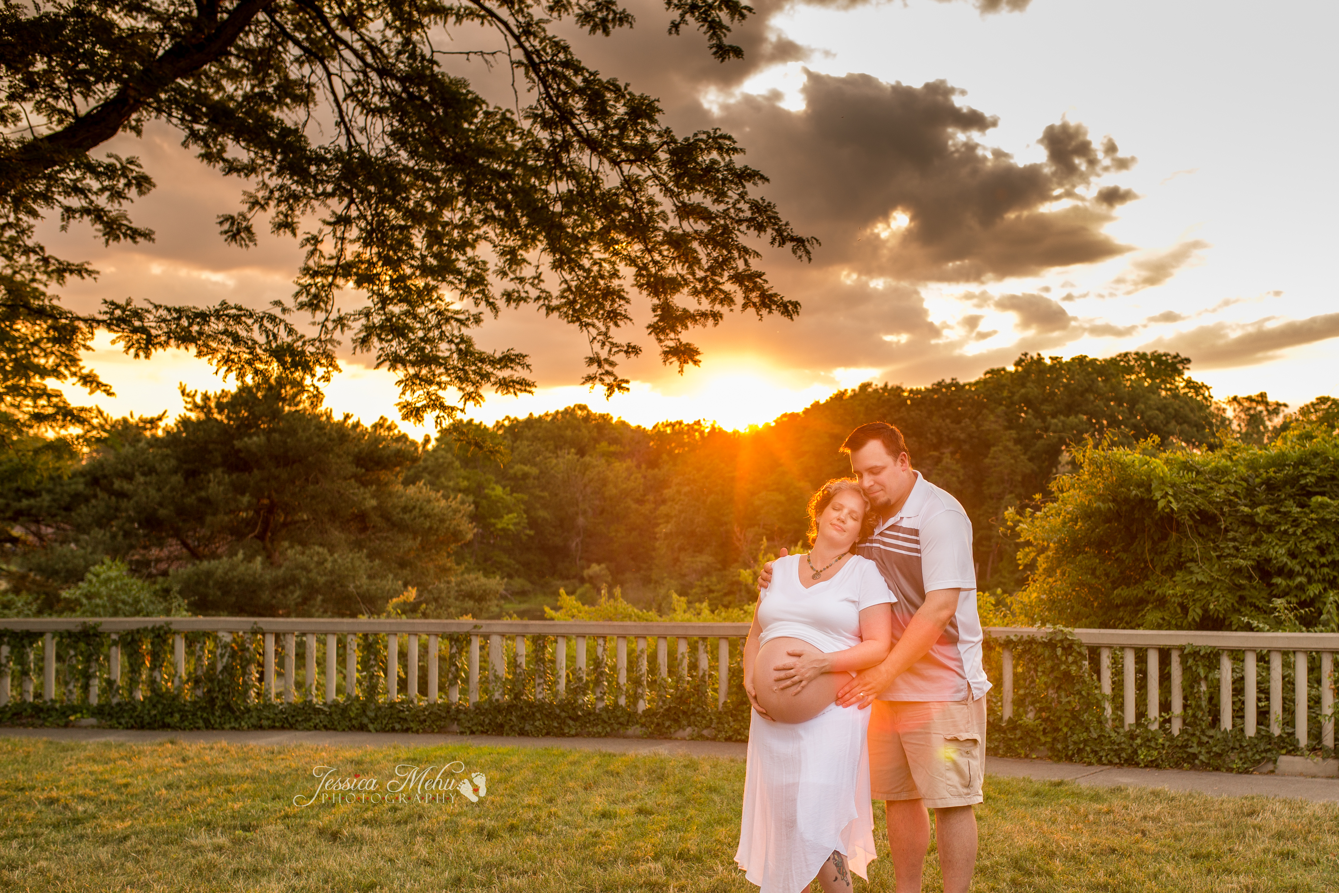 Howell Michigan Pregnancy Photographer-101
