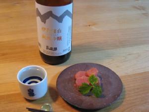 山は富士 酒は白雪の小西酒造の伊丹諸白 純米吟醸