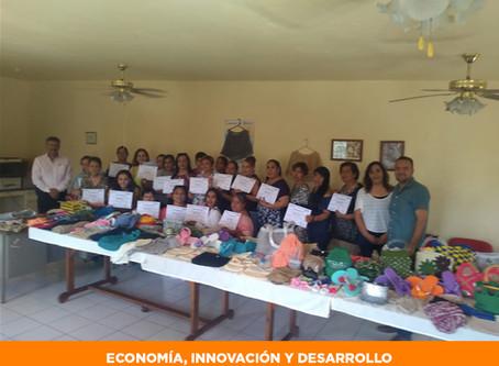 Capacita STPS en técnicas de Tejido Artesanal a 25 mujeres de Jiménez