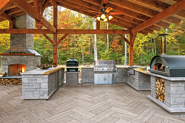 Outdoor Dream Kitchen