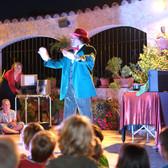 Show mit Zauberei, Pantomime, Jonglage, etc.