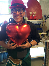 Rey Reloba mit Herz
