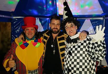 Zirkusempfang im Club Hive