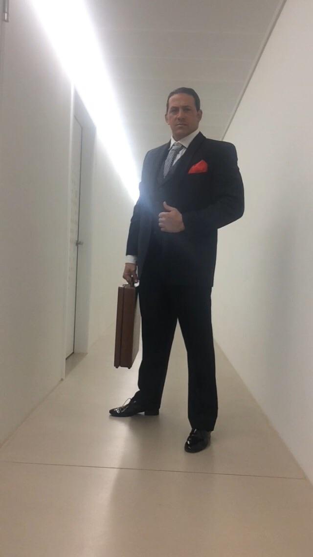 Rey Reloba - alias Mr. Grey - alias James Rey Bond 007