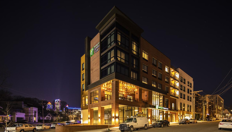 Holiday Inn Express & Suites South End / Uptown Charlotte, North Carolina