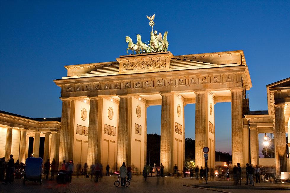 Brandenburg Gate (Brandenburger Tor) in