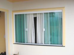 janela-de-vidro-verde 04  FOLHAS