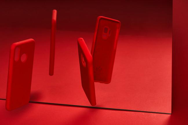 smartphone_cover_still_emotion_4-2.jpg