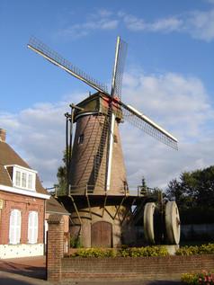 moulin-s.jpg