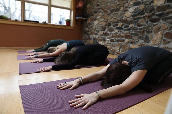 Barefoot Yoga (20 of 24).jpg