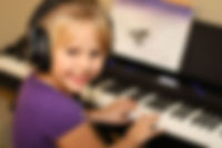 Group piano classes for beginners
