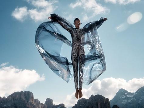 Plastik Atıktan Haute Couture'a: Earthrise