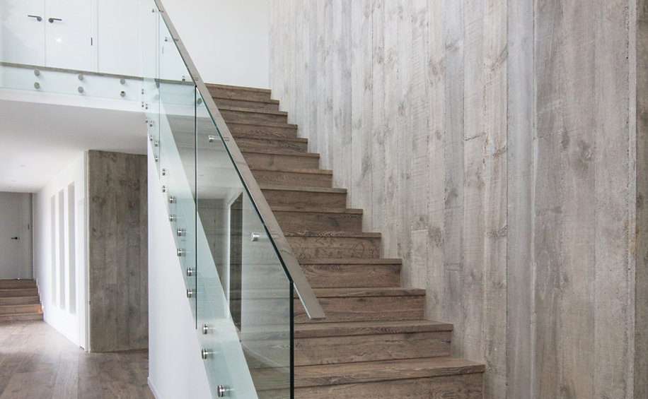 Stairwell and wall using engineered timber flooring