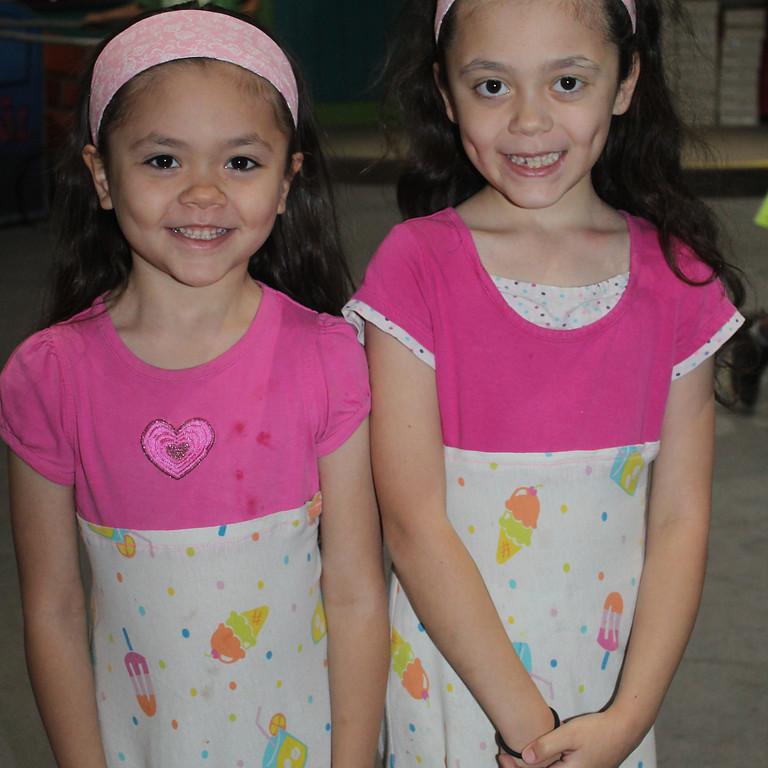 Twin Friend Day (1)