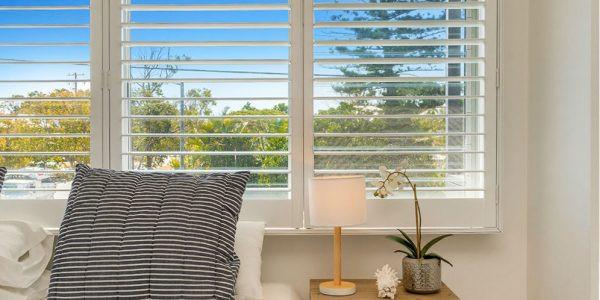 interior plantation shutter - creative b