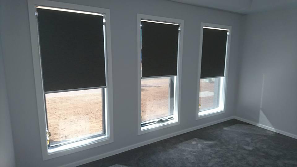 Three paneled blinds.jpg