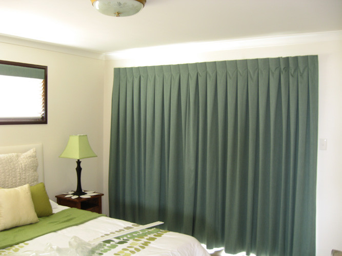 Green Curtains - Andersons Window Furnis